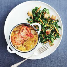 tetrazzini & kale salad Try our recipe for Spaghetti-squash tertrazzini at your next meal. Go to for more recipes!Try our recipe for Spaghetti-squash tertrazzini at your next meal. Go to for more recipes! Kale Salad Recipes, Baked Pasta Recipes, Cooking Recipes, Healthy Recipes, Easy Recipes, Pasta Substitute, Spaghetti Squash Recipes, Vegetarian Spaghetti, Tetrazzini