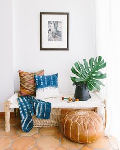 14 Home Decor Instagram Accounts With Stories That Are Actually Worth Following | Brit Co