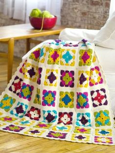 Free crochet pattern - Weekend in Stockholm Throw in Stitch Nation Full O' Sheep (discontinued)