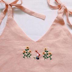 งานออเดอร์ลูกค้า🍎💐 อยากได้ลายปักมือน่ารักๆลงบนเสื้อตัวโปรด สอบถามได้นะคะ #ของขวัญวันแต่งงาน #ของขวัญวันเกิด #ของขวัญรับปริญญา #กระเป๋าน่ารัก #กระเป๋าผ้า #สะดึงตกแต่งผนัง————————————— รับปัก สอบถามก่อนได้นะคะ หรืออยากได้แบบไหน สีไหน แอดไลน์มาสอบถามก่อนได้ค่ะ ☺️✨ #embroidery #handmade #งานปัก #งานปักมือ #งานแฮนด์เมด #แฮนด์เมด #กระเป๋าแฮนด์เมด #กระเป๋าปิ๊กแป๊ก #กระเป๋าผ้า #เสื้อปักลาย #บุพเพสันนิวาส Hand Embroidery Flowers, Embroidery On Clothes, Shirt Embroidery, Embroidered Clothes, Hand Embroidery Stitches, Embroidery Fashion, Beaded Embroidery, Embroidery Patterns, Tailoring Classes
