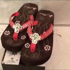 Flip-Flops size 8 Flip-Flops size 8 and pink color/cross rhinestones Montana West Shoes