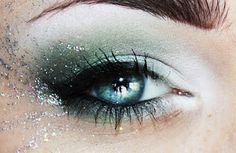 Glittery Green Eye Makeup