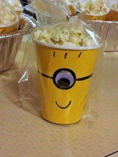 #Minion popcorn! Click for more ideas.
