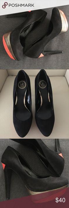 Jessica Simpson Platform heels like new! EUC Jessica Simpson Platform heels like new! EUC faux suede, orange, and gold. Looks sharp and stunning! Jessica Simpson Shoes Heels