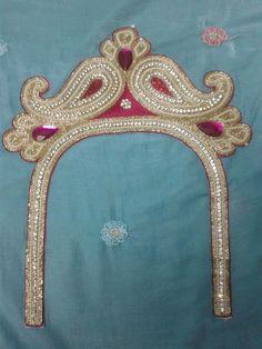 Blouse Neck Designs, Jewelry, Fashion, Moda, Jewlery, Jewerly, Fashion Styles, Schmuck, Jewels