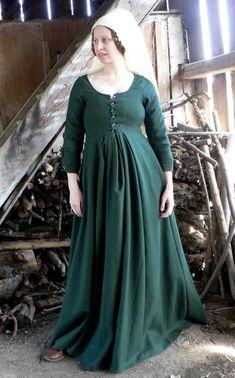 pregnant medieval sca renaissance garb maternity