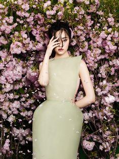 FGR Exclusive | Kwak Ji Young by Zhang Jingna in Flowers Bloom