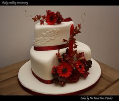 Mum & Dad's Ruby anniversary cake, made by the very clever Fiona. Diamond Wedding Anniversary Cake, Ruby Wedding Cake, 40th Anniversary Cakes, Ruby Anniversary, Anniversary Decorations, Wedding Cakes, Anniversary Invitations, Wedding Decor, Wedding Ideas