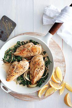 En panne d'inspiration du lundi au vendredi? Nos recettes pour un souper de semaine savoureux et pas compliqué. La Florentine, Camembert Cheese, Food To Make, Food And Drink, Turkey, Cooking Recipes, Favorite Recipes, Meals, Dinner
