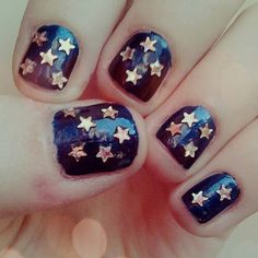 star holograms nails  #beauty #hologram #glitter #decor #nails #sparkles #fashion #women #trend #winter #star #gold #loveit