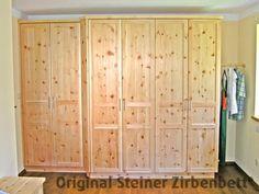 Zirbenholzschrank, Maßeinbau für Schlafzimmer