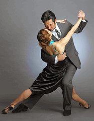 Tango pose, half split www.theworlddances.com/ #theworlddances #dance