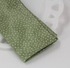 Cloth napkins, green lunch napkins, calico cotton napkins, lunchbox supplies, green table linens, country table setting, size 12x12 set of 4 by ThePaisleyTable on Etsy