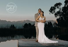 I am a professional wedding photographer based in Cape town and Garden route - with a Moody and modern style. Flash Photography, Light Photography, Lifestyle Photography, Photography Ideas, Affordable Wedding Photography, Off Camera Flash, Cape Town South Africa, Flash Light, True Art