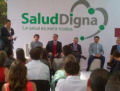 Jesús Vizcarra en el evento inaugural de Salud Digna Guadalajara