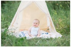 Winter Freire Photography | Milestone Session | Sweet Pure Organic Portraits | Dayton, Ohio | 6 Months | Tiny Blossoms Session