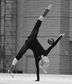 Yana Kudrytseva - Rhythmic Gymnastics Training
