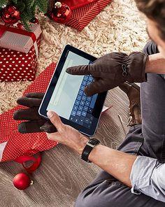Technické darčeky pre mužov – teraz online v Tchibo! Fitbit, Fashion, Moda, Fashion Styles, Fashion Illustrations