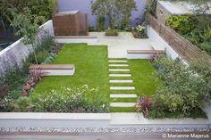 London Garden Designer benches to break up lawn - Garden Care, Garden Design and Gardening Supplies Contemporary Garden Design, Small Garden Design, Landscape Design, Small Square Garden Ideas, Back Gardens, Small Gardens, Chelsea Garden, London Garden, Garden Planning