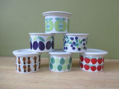 Posts about Arabia written by bkeppens Vintage Dishware, Different Fruits, Fruit Pattern, Mid Century Style, Blueberry, Retro Vintage, Jar, Apple, Mugs