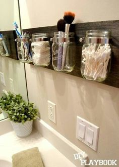 Small bathroom storage solution. by maura