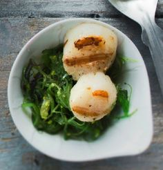 Scallops with wakame salad - Kampasimpukat ja wakame-salaatti, resepti – Ruoka.fi