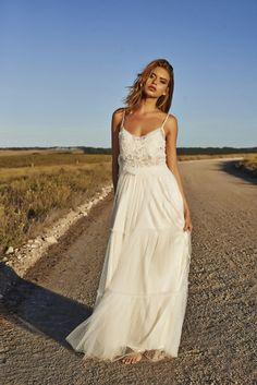 De la nota: Vestidos hippies para novias boho-chic  Leer mas: http://www.hispabodas.com/notas/2555-vestidos-hippies-novias-boho-chic