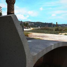 Un #descansito frente al #mar? #Vistas desde la #tumbona de #piedra. #playa #paseo #Benicàssim #paraiso #Benicassimparaiso #mediterraneo #Levante #sol #Benicasim #cielo #Castellon #instabeach