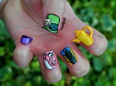 39 Ongles ultra-geek ! – Batman, Dr Who, Pokemon, Alien…