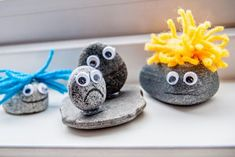 Randomness by Petchy: Crafting with kids: pebble trolls! Fall Arts And Crafts, Crafts For Kids, Troll, Shell Art, Shell Crafts, Autumn Art, Frozen Party, Stone Art, Wonderful Things