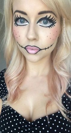 Are you looking for inspiration for your Halloween make-up? Browse around this site for cute Halloween makeup looks. Creepy Doll Makeup, Doll Face Makeup, Scary Dolls, Broken Doll Makeup, Voodoo Makeup, Creepy Doll Costume, Cute Doll Makeup, Diy Doll Costume, Marionette Costume