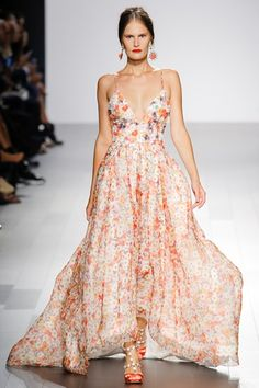 Sfilata Badgley Mischka New York - Collezioni Primavera Estate 2019 - Vogue f6a3b91c588