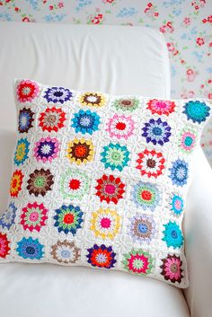 Crochet coloured squares