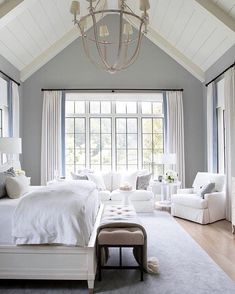44 Modern And Simple Bedroom Design Ideas The post 44 Modern And Simple Bedroom Design Ideas & home/deco appeared first on Master bedroom ideas . Bedroom Retreat, Dream Bedroom, Home Bedroom, Modern Bedroom, Bedroom Inspo, Bedroom Furniture, Bedroom Interiors, Large Bedroom, Bedroom Balcony