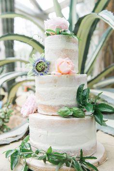 Wedding Wednesday : Beautiful wedding inspiration shoot with British blooms Sheffield Botanical Gardens, Wedding Bouquets, Wedding Cakes, Wedding Collage, British Flowers, Eat Cake, Wedding Styles, Wedding Inspiration, Bloom