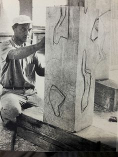 Isamu Noguchi Pottery Sculpture, Sculpture Art, Isamu Noguchi, Black And White Abstract, Modern Artists, Church Interior Design, American Artists, Art Studios, Japan