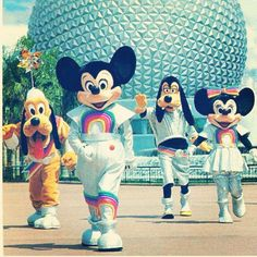 Vintage Disney Parks - OMG, my mom has pics with them wearing those costumes, from the late 80's!