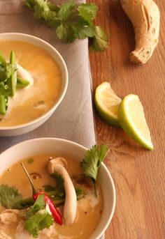 Chicken & Porcini mushroom broth #dairyfree #glutenfree #sugarfree Porcini Mushrooms, Stuffed Mushrooms, Green Zucchini, Mushroom Broth, Thai Red Curry, Glutenfree, Stew, Soup Recipes, Dairy Free