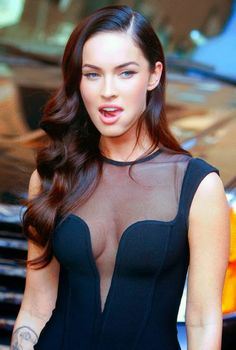 Megan Fox : Teasing Tongue Pose