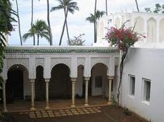 Shangri-la...Doris Duke's estate built in 1937 in Hawaii...totally amazing if I don't say so myself!!!