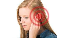 DAS passiert, wenn du klaren Essig und Alkohol in dein Ohr tröpfelst und für 60 Sekunden darin lässt.   Krass