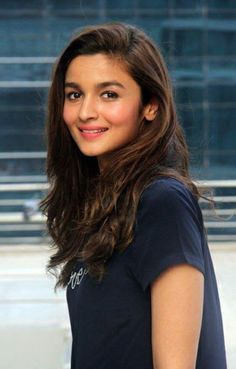 Bollywood actor Alia Bhatt during her visit at HT Office for the promotion of her movie 'Kapoor and Sons' on March 2016 in Mumbai, India. Bollywood Girls, Bollywood Actors, Bollywood Celebrities, Bollywood Oops, Beautiful Bollywood Actress, Beautiful Indian Actress, Beautiful Actresses, Sonam Kapoor, Deepika Padukone