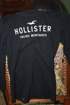 HOLLISTER Tops, tee-shirts http://www.videdressing.com/tops-tee-shirts/hollister/p-3747904.html?&utm_medium=social_network&utm_campaign=FR_femme_vetements_hauts_3747904