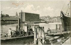 Кёнигсберг. Вид с улицы Больших кранов на порт. Фото ок. 1910 года.