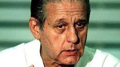 René Gerónimo Favaloro fue un prestigioso educador y médico cardiocirujano argentino, reconocido mundialmente por ser quien realizó el primer bypass cardíaco en el mundo.