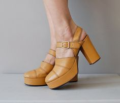 platform shoes / 1970s platforms heels  / Mustard Mary Janes