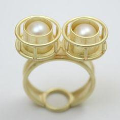 By Christian Balmer. Contemporary Jewellery, Metal Art, Jewelry Art, Gold Rings, Christian, Gemstones, Switzerland, Simple, Wood