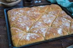 Trekanter i långpanna (Fredrik Fika) I Love Food, A Food, Food And Drink, Bread Recipes, Cake Recipes, Microwave Caramels, Good Morning Breakfast, Homemade Dinner Rolls, Our Daily Bread