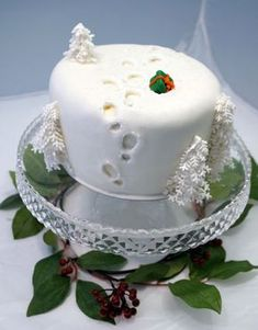 Christmas Cake with footprints? Cake by Svetlana Petrova Christmas Cake Designs, Christmas Cake Decorations, Christmas Cupcakes, Holiday Cakes, Christmas Desserts, Christmas Treats, Xmas Cakes, Halloween Decorations, Halloween Costumes
