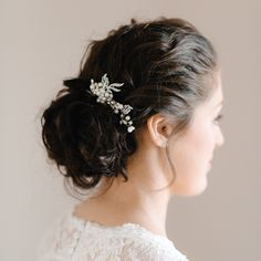 Pearl & Ivory is an online bridal boutique specializing in modern, elegant and timeless bridal jewellery, hair accessories and luxury wedding invitations. Bridal Hair Accessories, Bridal Jewelry, Pearl Bridal, Luxury Wedding Invitations, Bridal Boutique, Hair Comb, Ivory, Pearls, Elegant
